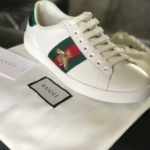 Authentic Gucci Ace embroidered sneaker Orig. $620